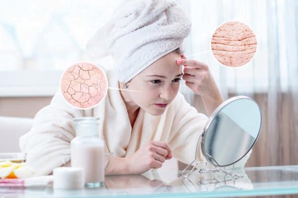 Sử dụng viên collagen uống đẹp da là hợp lí vì thực tế collagen rất khó để hấp thụ qua da